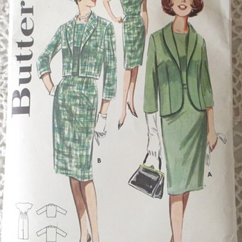 1960's Suit - Jackie O' Style. - Sewing