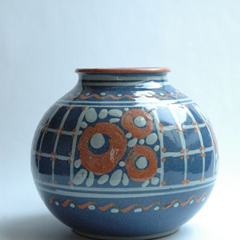french art deco pottery vase by LEON ELCHINGER circa 1920 - Art Deco