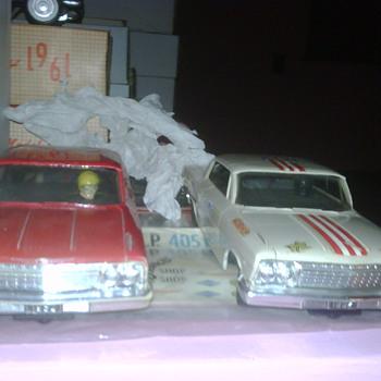 THE 1962 AMT TURNPIKE SLOT CAR