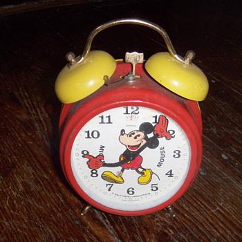 Mickey mouse alarm clock - Advertising