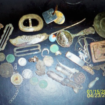 SOME MORE 2011 METAL DETECTOR FINDS...IMMEDIATELY AFTER WINTER THAW 2011