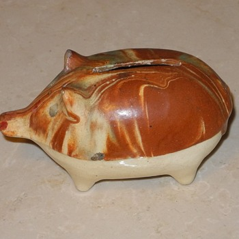 "Austrian ""Staffordshire ""style Pig bank. - Pottery"
