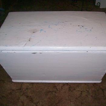 1850 casket.