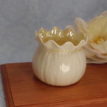 Belleek Crinkled Flower Pot - 5th mark - Pottery