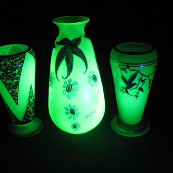 Uranium glass - Art Glass