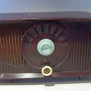 General Electric (GE) TUBE RADIO -- Working
