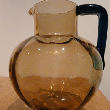 CZECH JUG - HARRACH? - Art Glass