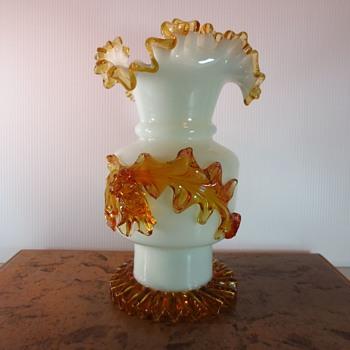Nice old vase - Art Glass