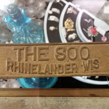 Soo Line plaque - Railroadiana