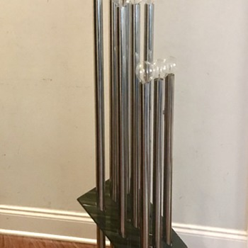 Mid Century Chrome and Lucite 9 globe floor lamp - Lamps