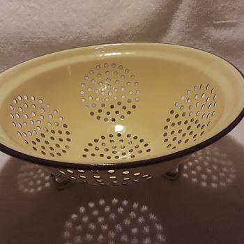 enamelware colander - Kitchen