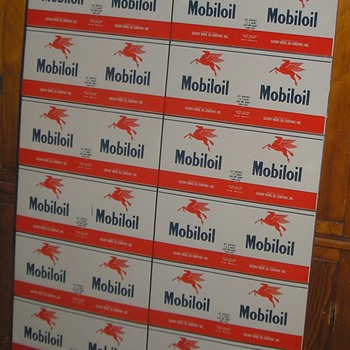 MOBILOIL CO. UNCUT SHEET OF CANS - Petroliana