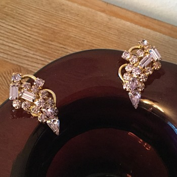 FOUND THE EARRINGS!... Kramer, the 1953 alexandrite collection continues... - Costume Jewelry