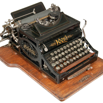 Ideal typewriter - 1899