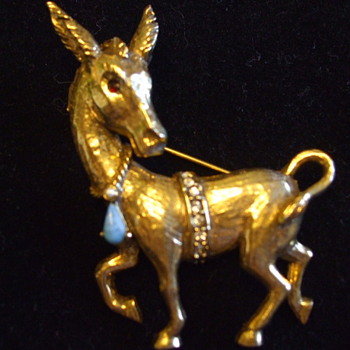 "Amusing ""JEANNE""  -Bejeweled Donkey- Costume Jewelry BROOCH - Costume Jewelry"