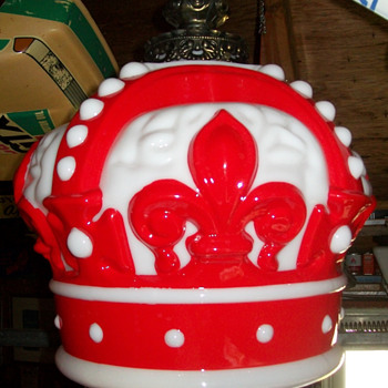 My latest purchase-Red Crown Lamp - Petroliana