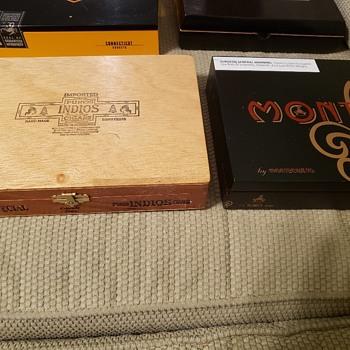 Cigar box haul! - Tobacciana