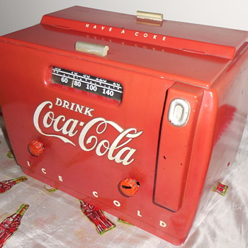 1950 Coca-Cola Cooler Radio - Coca-Cola