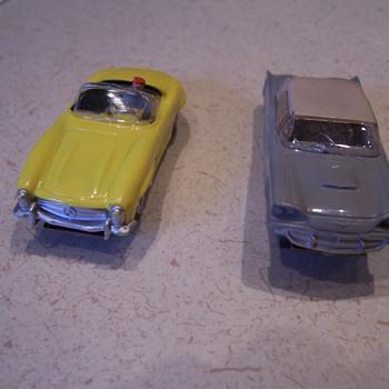 Aurora T-bird and Mercedes Benz H.O. vibrator slot cars - Model Cars