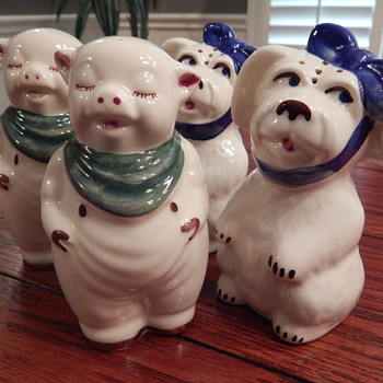 Shawnee Pottery salt & pepper sets - Kitchen