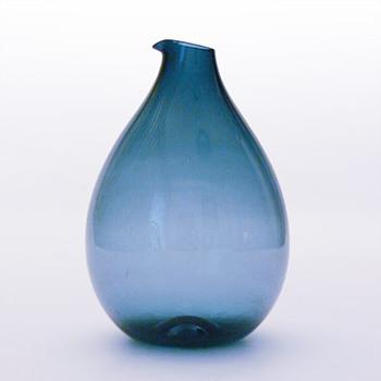 Blue jug, Kjell Blömberg (Gullaskruf, 1963) - Art Glass