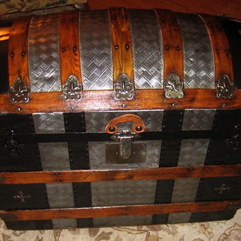 Metal Covered Geometric Pattern Roundtop Trunk - Furniture