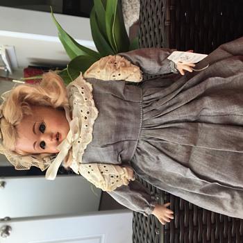 Fabrik Marke Deponiert Doll-Germany