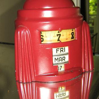 Lux/Bugle Boy? Red Kal-Klock 1938