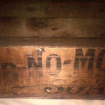 Antique RUB-NO-MORE Soap crate  - Advertising