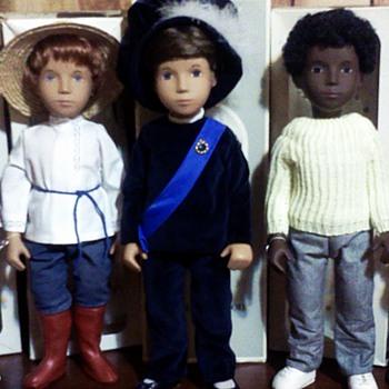 My collection of Trendon and Götz era Sasha and Gregor dolls