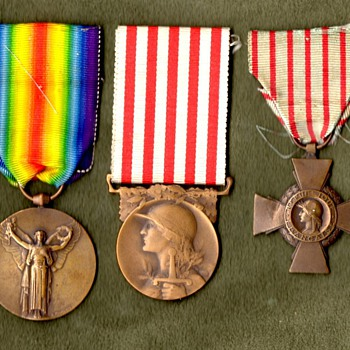WWI French Victory Medal with Companions - Military and Wartime
