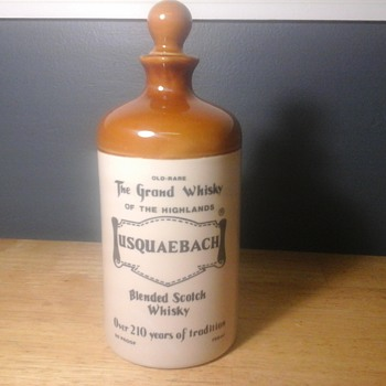 Scotch flagon