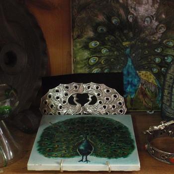 Arts & Crafts peacocks/pearson & books