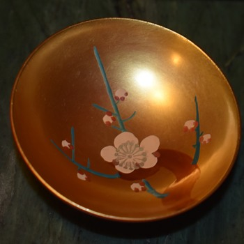 Tiny Lacquerware Bowl - Asian