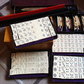 Very old ivory Chinese Mahjong game - Games