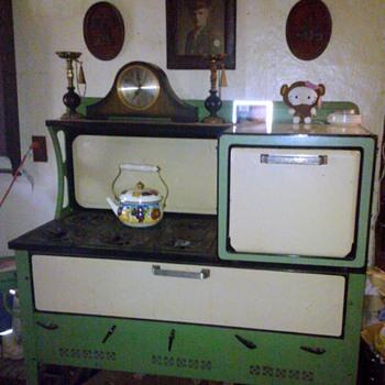 Kalamazoo Stove Co Kerosene Stove/Oven - Kitchen