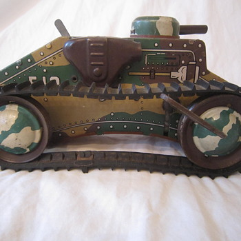 1950's Marx Tin Litho E-12 Toy Wind Up Tank - Toys