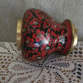 Rare Kuo Cloisonne Brass Enamel Temple Style Ginger Jar Red Flowers - Asian