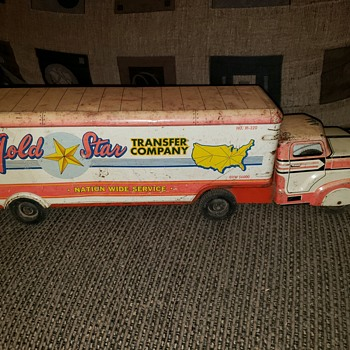 Gold Star Movers! - Toys