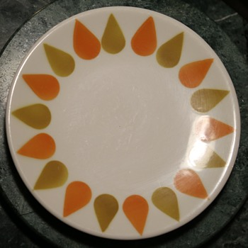 Wallace China Plate - Pottery