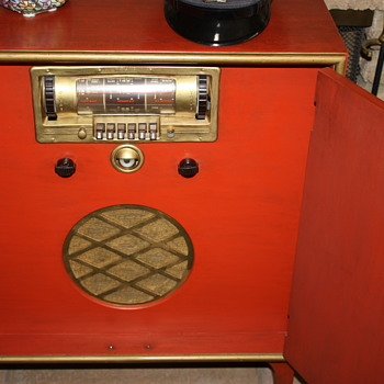 Airline Radio Works by Montgomery Ward