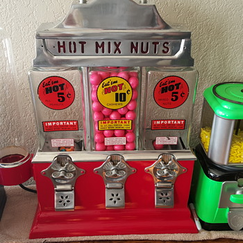 my hot nut machine - Coin Operated