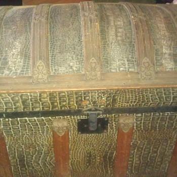 alligator skin hump dome top trunk.  - Furniture
