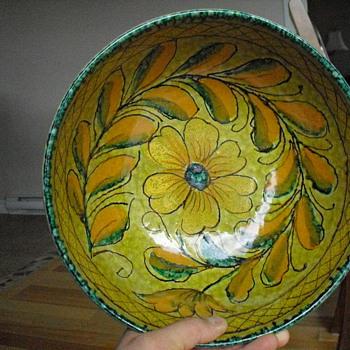 pottery bowl - Pottery