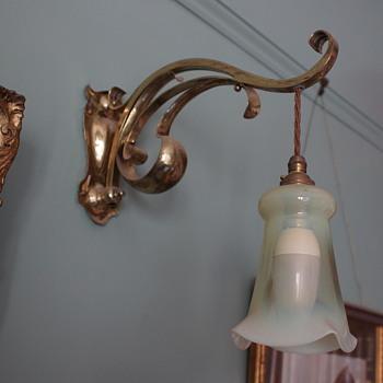 Art Nouveau Opaline Wall Lamp - Art Nouveau