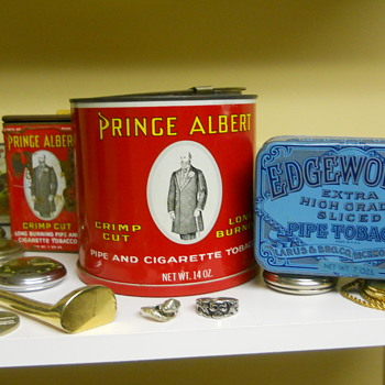 Tobacco tins from Richmond Virginia - Tobacciana