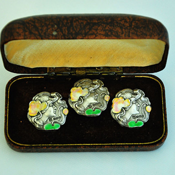 A set of three nice sterling silver enameled Art Nouveau buttons - Art Nouveau