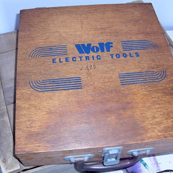 Wolf  wooden tool box. - Tools and Hardware