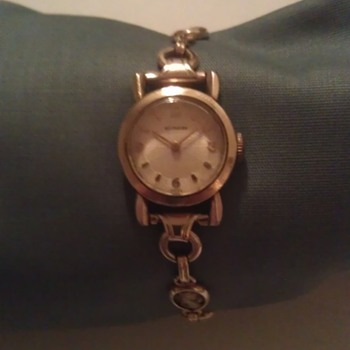 wittnauer ladies cameo watch