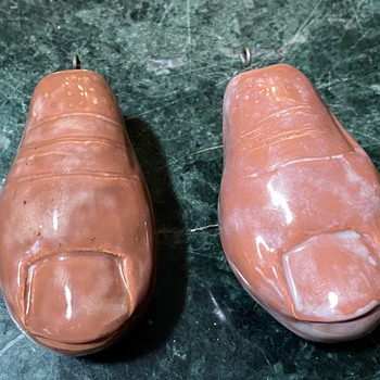 Spare body parts?  Big Toes or Thumbs? - Pottery